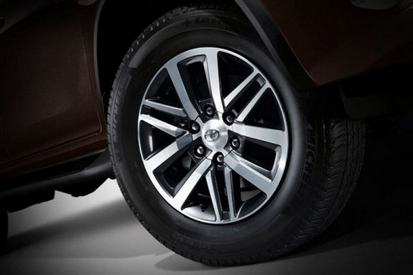 toyota fortuner 2018 philippines wheel