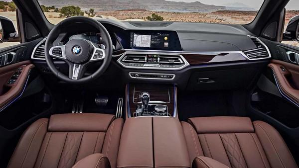 BMW X5 2019 dashboard area
