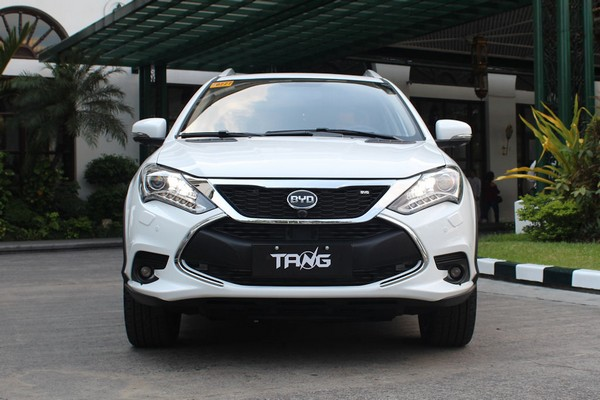 SUV BYD Tang 2018 front view