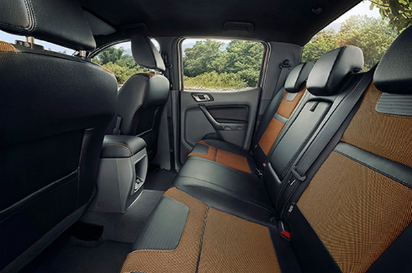 ford ranger 2018 seating