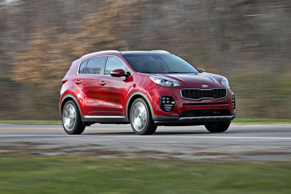 Kia Sportage 2018 on the road