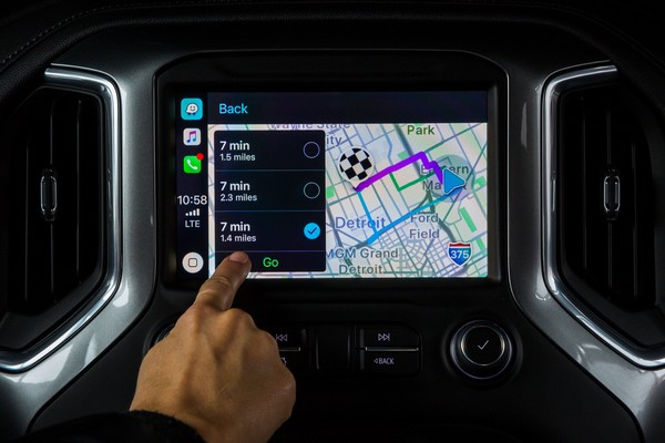 pre-set route using waze before driving