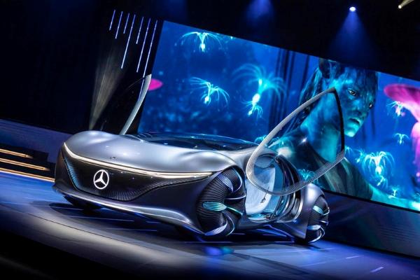 German luxury car brands Mercedes Benz