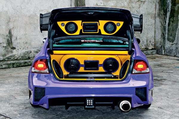 modified honda civic hatchback