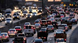 How to reduce stress when stucking in traffic