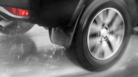 How to Lower the Risk of Hydroplaning?