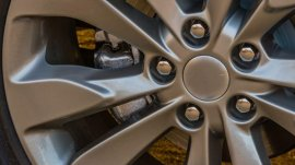 5 different types of lug nuts